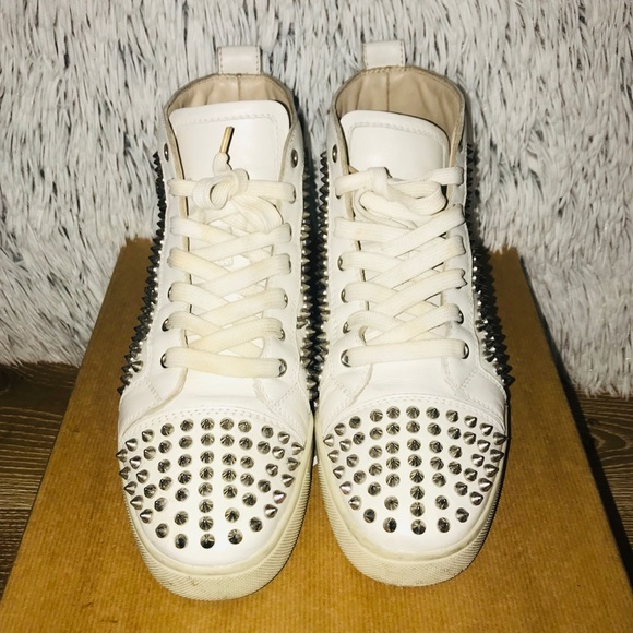 buy popular f8bfc 88986 Christian Louboutin Men's Louis Spikes Flat